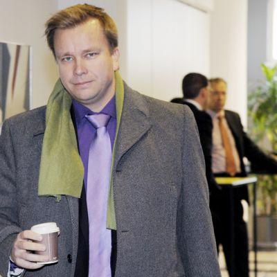 Antti Kaikkonen Nuorisosäätiön rikosjutun pääkäsittelyssä Helsingin käräjäoikeudessa.