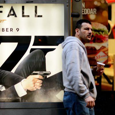Skyfall -elokuvan katumainos New Yorkissa.