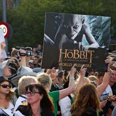 Faneja The Hobbit -elokuvan maailman ensi-illassa Wellingtonissa 28. marraskuuta 2012.