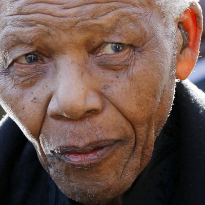 Nelson Mandela kuvattuna 17. kesäkuuta 2010.