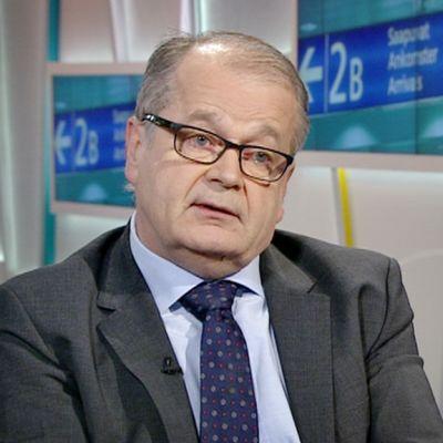 Liikenteen turvallisuusviraston Trafin ilmailujohtaja Pekka Henttu.