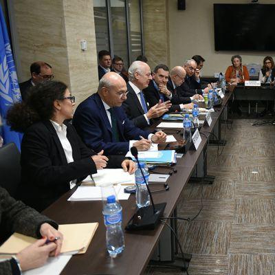 Syyrian rauhanneuvottelut Genevessä.