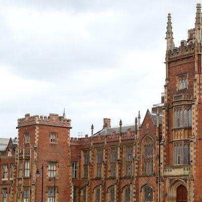 Belfastin yliopisto.