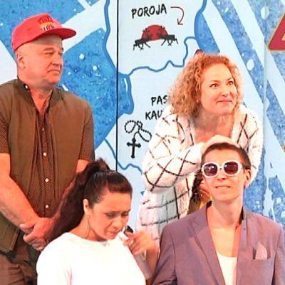 Emma-teatterin neljä näyttelijää yhdessä lavalla