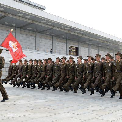 Sotilasparaati Pjongjangissa.