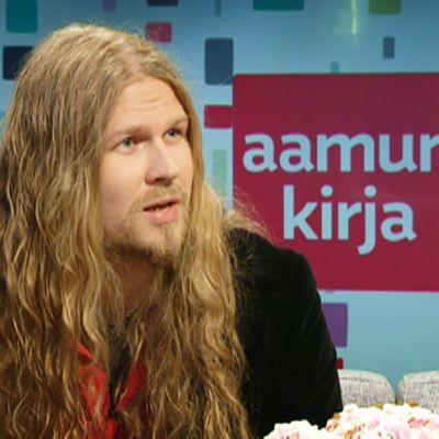 Mika Pekkola.
