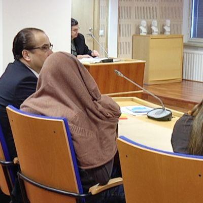 Pakistanilaistaustaisen naisen surman käsittelyä jatkettiin Etelä-Karjalan käräjäoikeudessa keskiviikkona.