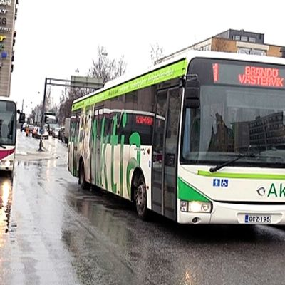 Vaasan paikallisliikenteen busseja