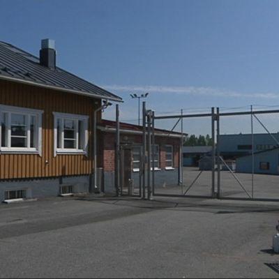 Köyliön vankilan portti