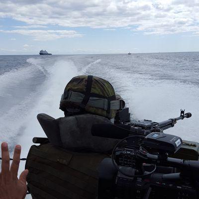 Naton sotaharjoitus Itämerellä.