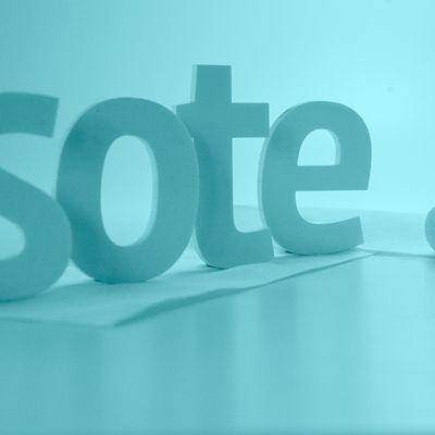 SoTe-uudistusteksti grafiikkana