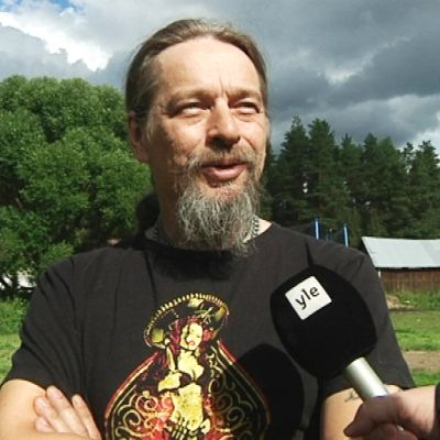 Yrittäjä Matti Mollis Merijärveltä olisi mahdollisen Syvännevan loppusijoituspaikan lähinaapureita.