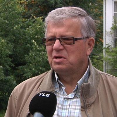 Pohjanmaan SDP:n entinen toiminnanjohtaja Aarne Heikkilä.