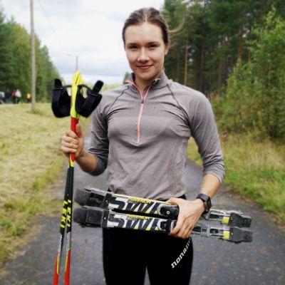 Oulun hiihtoseuran Aija Söyrinki oli tyytyväinen ensimmäiseen Rullatervahiihtoon.