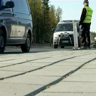 Poliisit poistuvat Fennovoiman ydinvoimalatyömaalta