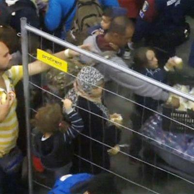 Turvapaikanhakijoita Unkarissa.