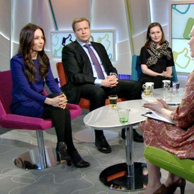 Kuvassa vasemmalta Jaana Pelkonen, Antti Kaikkonen, Sanna Marin, Sanna Ukkola  ja Antero Vartia.