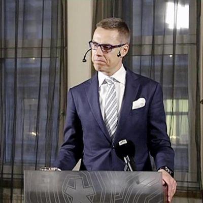 Alexander Stubb puhuu Snellman-säätiössä.