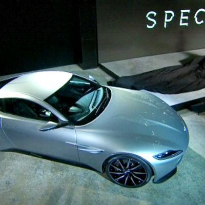 Uuden Bond Spectre-elokuvan kuvausten julkistaminen.