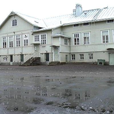 Kähärin koulu.