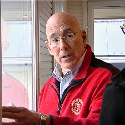 Yhdysvaltain suurlähettiläs Bruce Oreck.