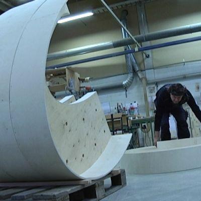 Risteilijän istuinkehikko valmistuu Pedro Oy:llä
