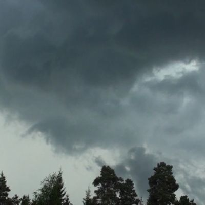 Myrskypilvien muodostuminen.