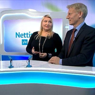 Nettistudiossa Suna Kymäläinen ja Kimmo Tiilikainen