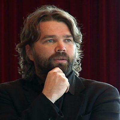 Oulun kaupunginteatterin taiteellinen johtaja Mikko Kouki.