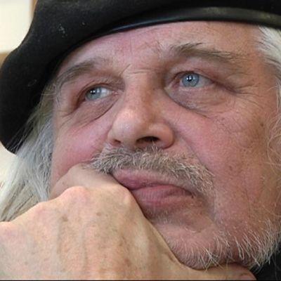 Kirjailija Heikki Turunen.