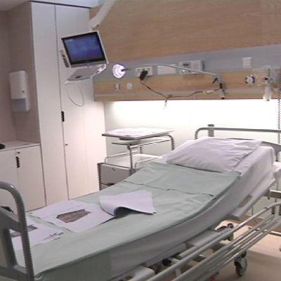 Porin kaupunginsairaalan uusittu potilashuone.