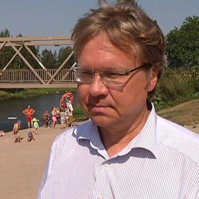 Helsingin apulaiskaupunginjohtaja Pekka Sauri (vihr.)