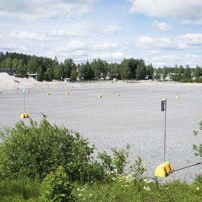 Asuntomessujen tuleva pääparkkipaikka Jyväskylän Seppälässä.