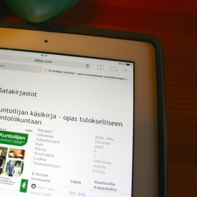 e-kirja tablettitietokoneessa