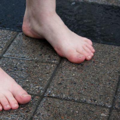 Paljat jalat