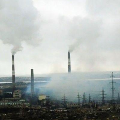 Nikkelitehdas Venäjän Nikkelissä