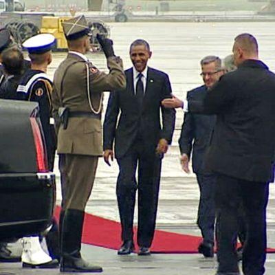 Obama Puolassa.