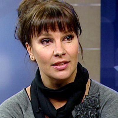 Viihdetaiteilija Arja Koriseva.