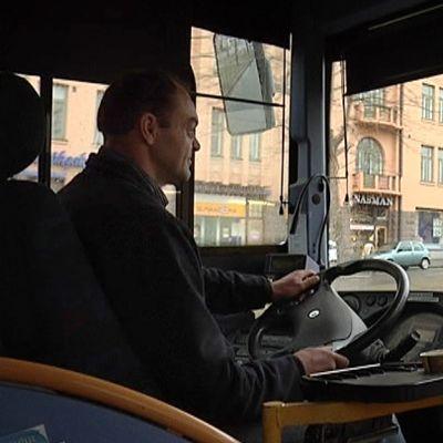 linja-auton kuljettaja
