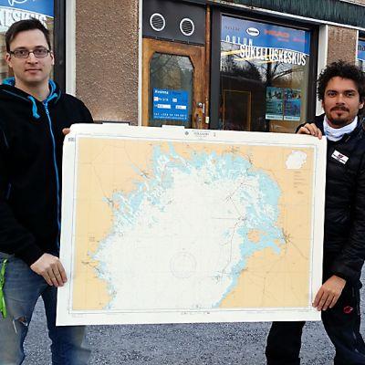 Jesús Noriega Paco Acedo esittelevät Perämeren karttaa
