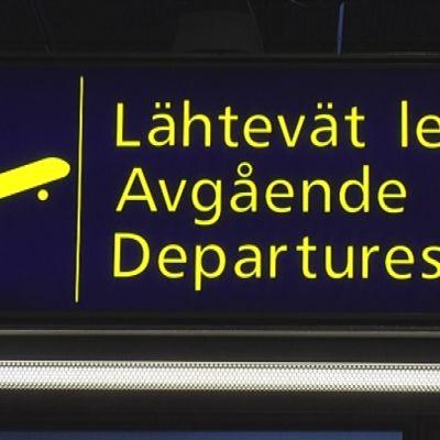 Lähtevä lennot -kyltti lentokentällä