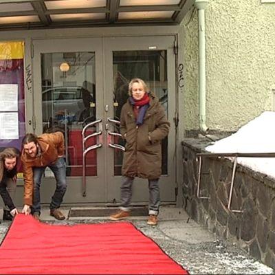 Kulttuuriyhdistys AXA ry yritti herättää vanhan elokuvateatterin henkiin Töölössä.