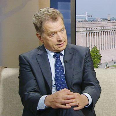 Tasavallan presidentti Sauli Niinistö Ykkösaamussa 1. kesäkuuta 2013.