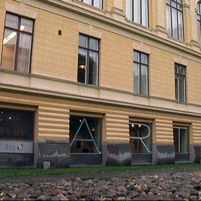 Vaasan taidehalli sijaitsee kaupungintalon tiloissa.