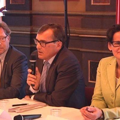 Kaupunginjohtaja tentissä valettiin uskoa kuntauudistuksen jatkumiseen Hämeenlinnassa