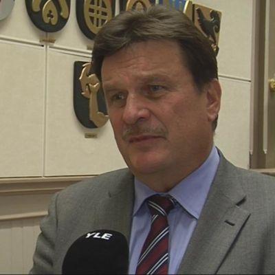 Maakuntajohtaja Jussi Huttunen.