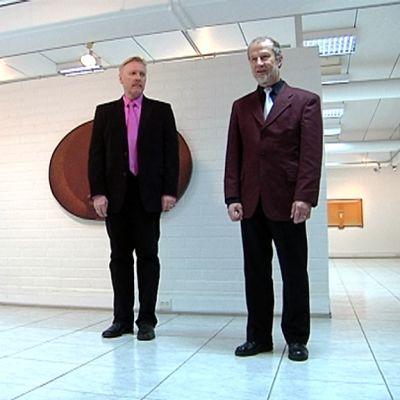 Pohjanmaan taidetoimikunta palkitsi kriitikko Raimo Hautasen ja kanttoriurkuri Osmo Jämsän.