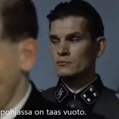 """Kuvakaappaus youtubessa julkaistusta videosta """"Hitler kuulee Talvivaarasta""""."""