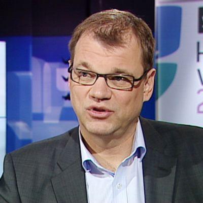 Aamu-tv:n ja radion Ykkösaamun yhteisessä vaalitentissä vuorossa Keskustan puheenjohtaja Juha Sipilä.