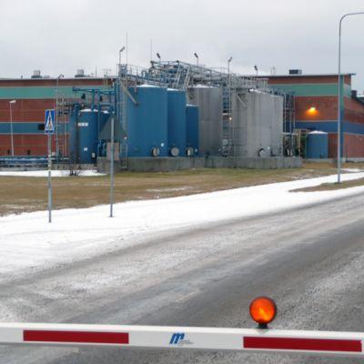 Kuvassa OMG Kokkola Chemicalsin laitos Kokkolan teollisuusalueella
